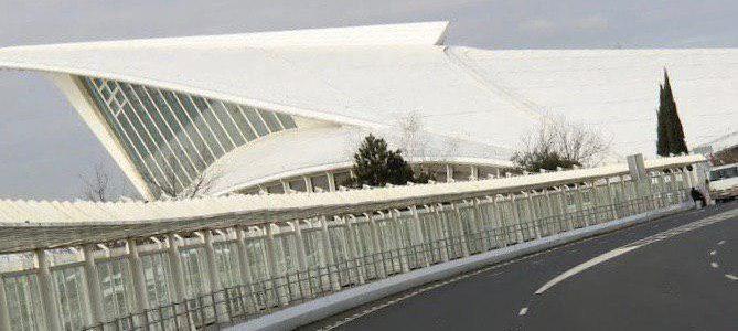 Elkarrekin Podemos denuncia la utilización del Aeropuerto de Bilbao para el envío de material bélico