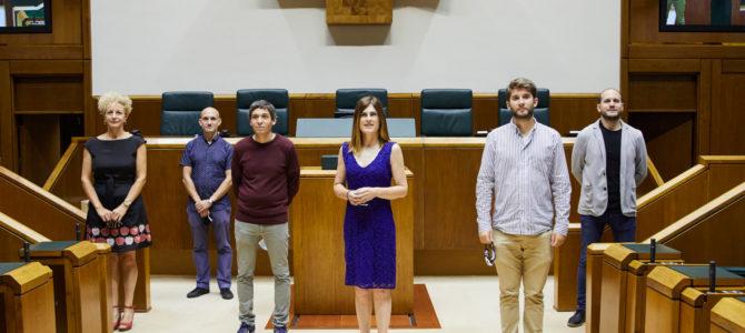 El nuevo grupo parlamentario Elkarrekin Podemos-IU, preparado